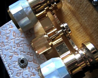 Luxury Vintage OPERA GLASSES Mother of Pearl and GOLD Plated Binoculars Italian Made