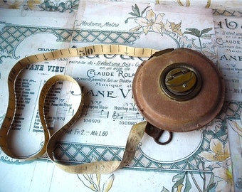 French antique 10 meters measuring tape wind up