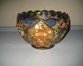 Decorative Brass Bowl with Floral and Gold Detail - Ali-Brothers Hassanabad