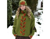 Green capelet with cowl (with a cap and warmers cuffs and two leaves badges) Elven larp character