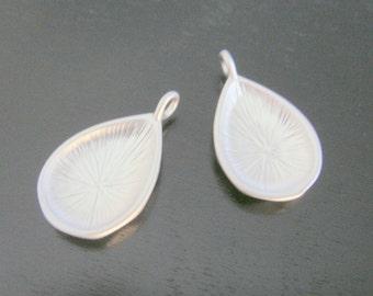 Jewelry findings Matte Silver Tarnish resistant Teardrop Hoop pendant, connector, charm, S513512