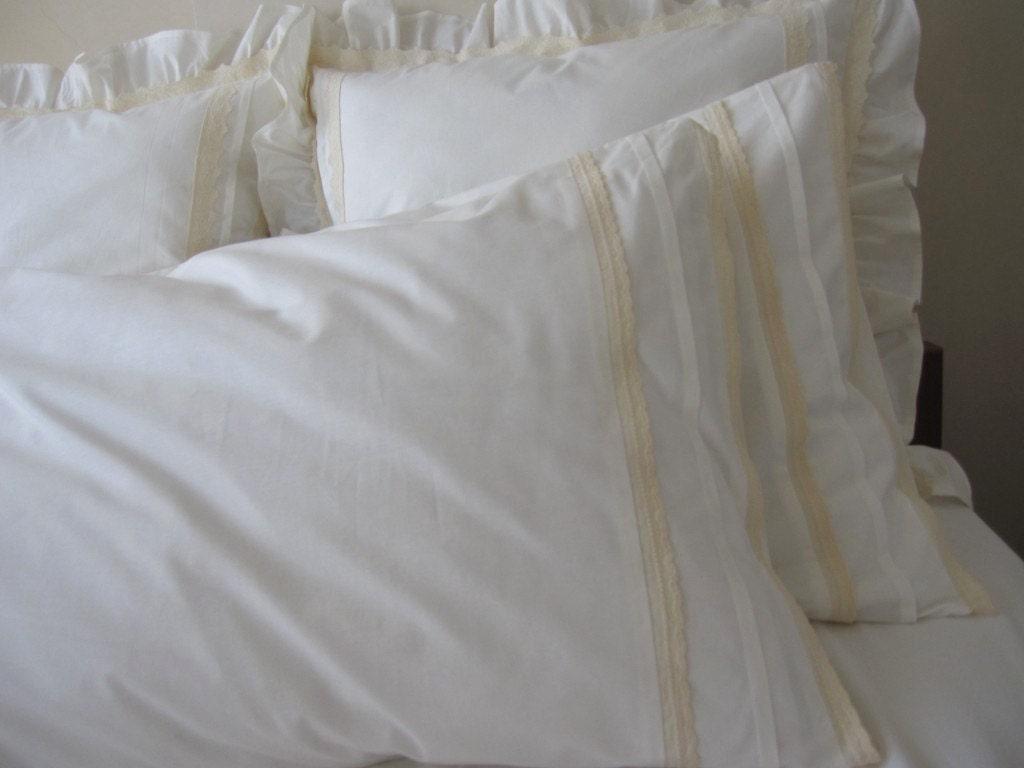 Ivory Shabby Chic Bedding: Plain Ivory Standard Queen Pillowcase Eyelet Lace Trim Shabby