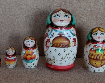 Harvest Babushka Matryoshka Nesting doll russian babushka dolls set of 5
