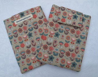 Case / Sleeve / Cover for Kindle or Kindle Paperwhite - retro flowers