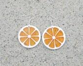 Vintage ORANGE SLICE Earrings....dangly. cute. kitschy. vintage charms. fruit charms. charm earrings. retro. kitsch jewelry. fruit. oranges