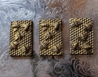 Honeycomb filled chocolate bar