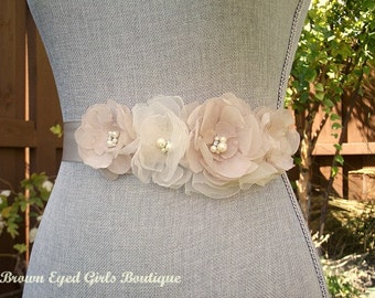 Champagne Wedding Sash, Champagne Bridal Sash, Champagne Wedding Belt, Bridal Belt -Champagne Chiffon Flowers