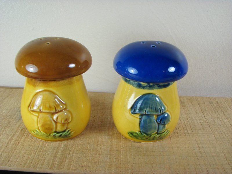 Unique Mushroom Salt And Pepper Shaker Split By
