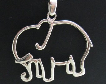 PE000738 Stylish Sterling silver pendant   solid 925  elephant