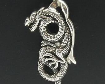 PE000600 Sterling silver pendant   solid 925 Dragon Biker