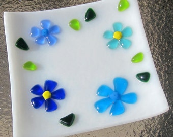 Fused Glass Dish, Glass Ring Holder, Blue Flowers Glass Plate,  Mother's Day Soap Dish, Flowers in Blue, Turquoise, Aquamarine on White