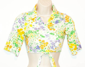 Vintage floral tie front shirt, half sleeve belly shirt, button front womens blouse