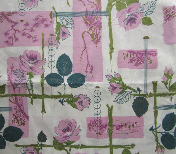 "Vintage Glazed Chintz fabric - Oriental roses, bamboo pinks greens metallic gold 1950s - 35"" wide x 2 yds"