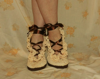 Crochet Sandals Pattern----STREET SHOES-----Lacey Gypsy Summer Sandals-----style number 1-----lace up gladiator------wear them outdoors