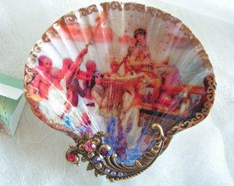 Princess Goddess Medium Shell Jewelry Dish