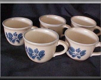 Vintage Pfaltzgraff Folkart Blue Tan Coffee Cups Set of 5 Dinnerware / Serving