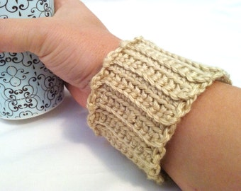 The Cozy Cuff Coffee or Tea Bracelet Ecru Beige Stretchy, Reusable, Wrap, Sleeve, Wristlet for Portable Cups