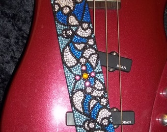 Heart of Glass guitar strap
