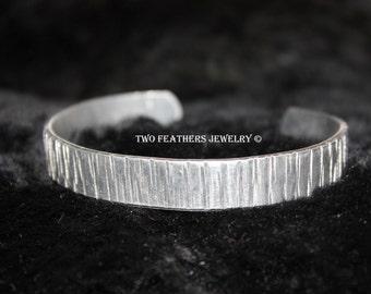 Textured Metal Cuff Bracelet - Hammered Cuff - Non Tarnish Cuff - Aluminum Cuff - Gift For Her - Silver Cuff Bracelet - Silver Alternative
