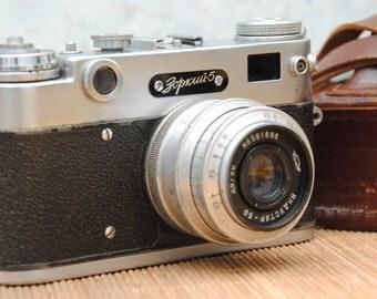 1958  Russian Soviet KMZ ZORKI 5 35mm USSR rangefinder Film Camera with Industar 50 3,5/50mm lens