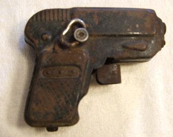 Vintage Dick Tracy Style Windup Marx G-man Sparking Toy Gun