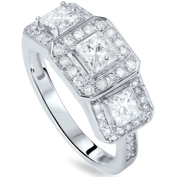14k White Gold Princesscut amp Round Diamond 3Stone