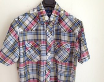 WRANGLER Plaid Western Shirt / Pearlized Snap Hipster Shirt / Size Medium or Large