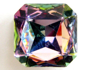 VITRAIL LIGHT - Pastel Rainbow Large Square Faceted Swarovski Crystal - 25mm Wide
