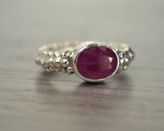Mimi Ring, size 6.5, pink sapphire 3ct oval gemstone ring