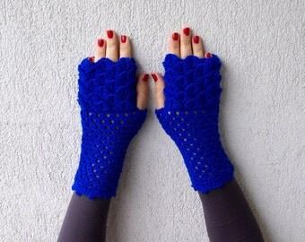 Fingerless Gloves crochet fingerless gloves dragon egg pattern mittens Khaleesi arm warmers autumn accessory bright blue ultramarine