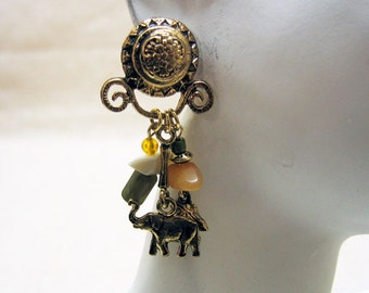 1980s Elephant Charm Pierced Earrings