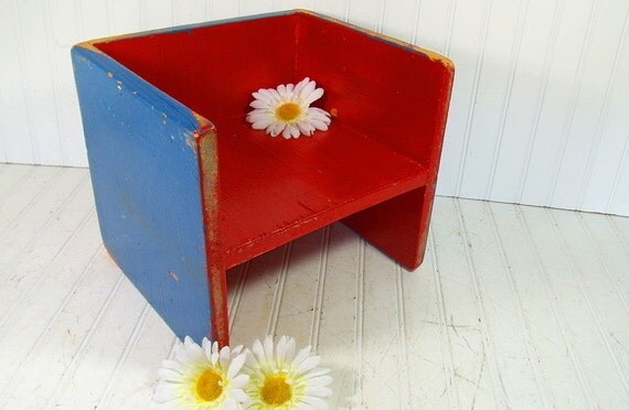 Vintage Primitive Wooden Seat - Rustic Doll Display Shelf - Handmade Time Out Chair with Original Chippy Paint - Child Photo Prop