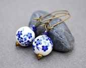 Blue dangle earrings Blue flower earrings vintage blue bridal earrings ultramarine porcelain flower earrings beadwork earrings drop earrings