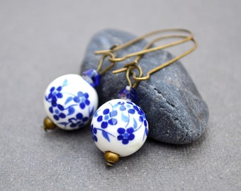 Blue dangle earrings Blue flower earrings vintage blue bridal earrings ultramarine porcelain flower earrings beadwork earrings drop earrings