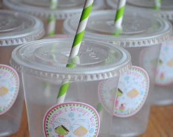 12 Spa Party Cups with lids and straws