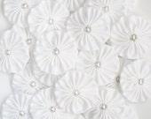 WHITE fabric YoYo Flowers Embellishments, Fabric Yoyos, yo-yo's, Flowers 1.5 inch yo yo, yo-yo supplies by WhiteLilyFlowers