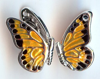 MONARCH BUTTERFLY Charm. Silver Plated Enamel. 3D. Enamel On Front Side of Wings Only. dlt