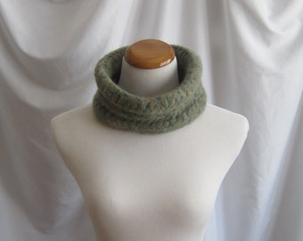 Felted Cowl Wool Crochet - Felted Wool in Green and Tan