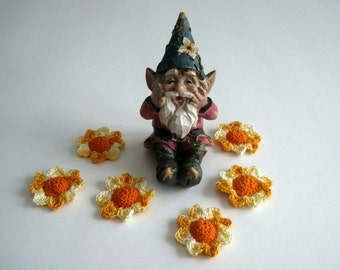 6 Thread Crochet Flowers - Cone Centers with Petals - Orange & Shades of Yellow