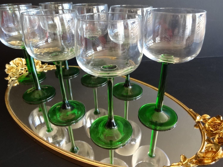 vintage green long stemmed large wine glasses made in france. Black Bedroom Furniture Sets. Home Design Ideas