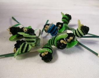 Vintage Bee Picks for Crafts