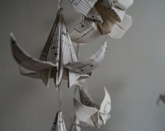 Fairy light-gift for music lovers/teacher-Musical note lilies lights-LED string light-origami flower lights-bedroom light-Ready to ship