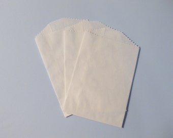 "Set of 20 Solid White Bitty Bags (2.75"" x 4.00"")"