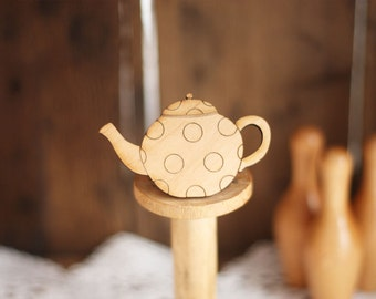 Spotty Teapot Brooch (Wooden)