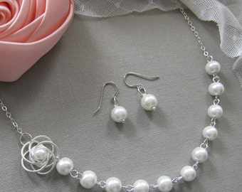 Silver twisted flower pearl necklace and earring SET, bridesmaids necklace, wedding jewelry - W011S (Choose your pearl colour)