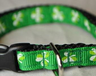 "Shamrock Print 3/8"" Adjustable Cat Collar"