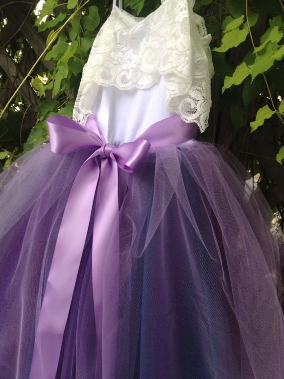 Welcome to Tutu Girl™ - the largest tutu boutique since offering tutus for girls of all ages! We specialize in custom tutu skirts and dresses for babies, toddlers and older girls for birthdays, flower girls, portraits, dress up and holidays.