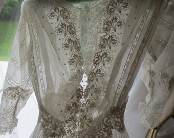 Exquisite Victorian Edwardian ORNATE LACE GOWN  Needs Some Repair