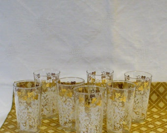 Mid Century  Dinner Glasses  60s Set of 7 Vintage  10 oz Fruit Bowl Grape Leaf Harvest Pattern Drinking Glasses