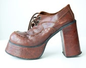 Awesome  brown seventies shoes
